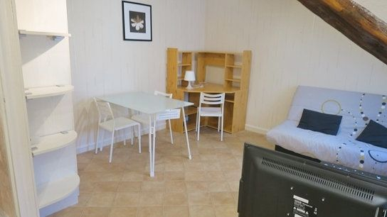 Appartement à louer 1 23.93m2 à Versailles vignette-1