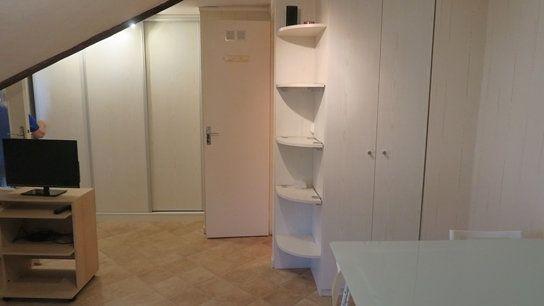 Appartement à louer 1 23.93m2 à Versailles vignette-3