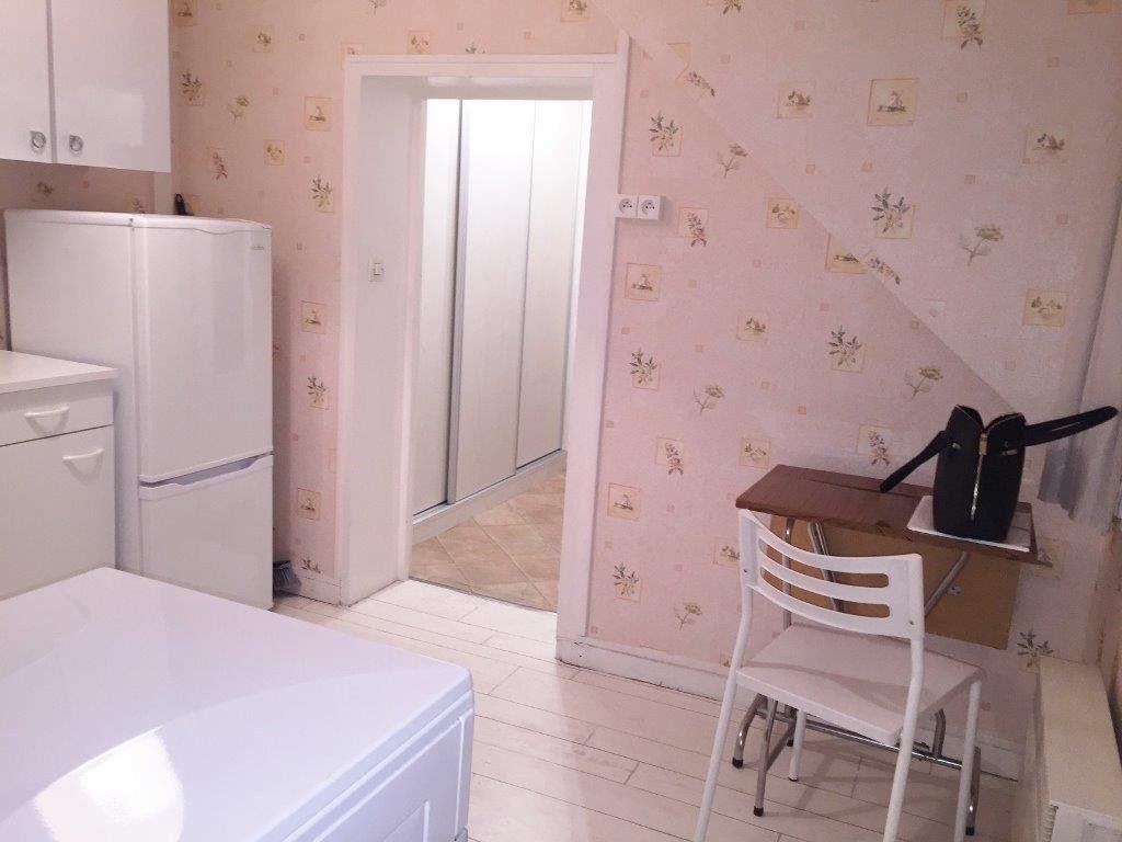 Appartement à louer 1 23.93m2 à Versailles vignette-5
