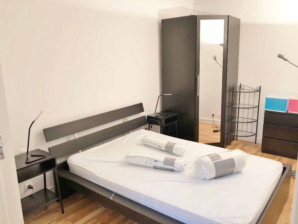 Appartement à louer 2 41.11m2 à Versailles vignette-7