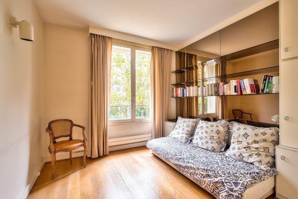 Appartement à vendre 5 125.56m2 à Versailles vignette-7