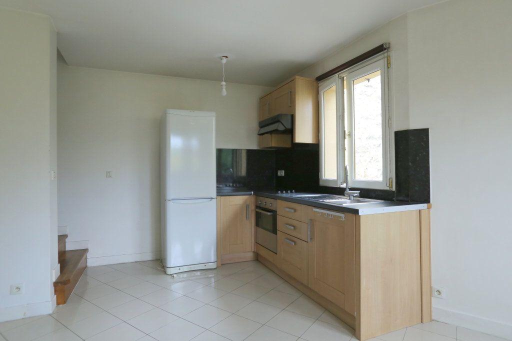 Appartement à louer 3 60m2 à Arcueil vignette-3