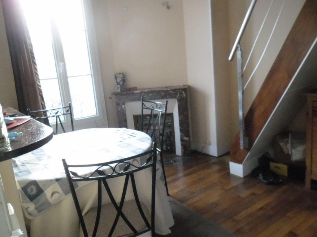 Appartement à louer 3 53m2 à Arcueil vignette-3