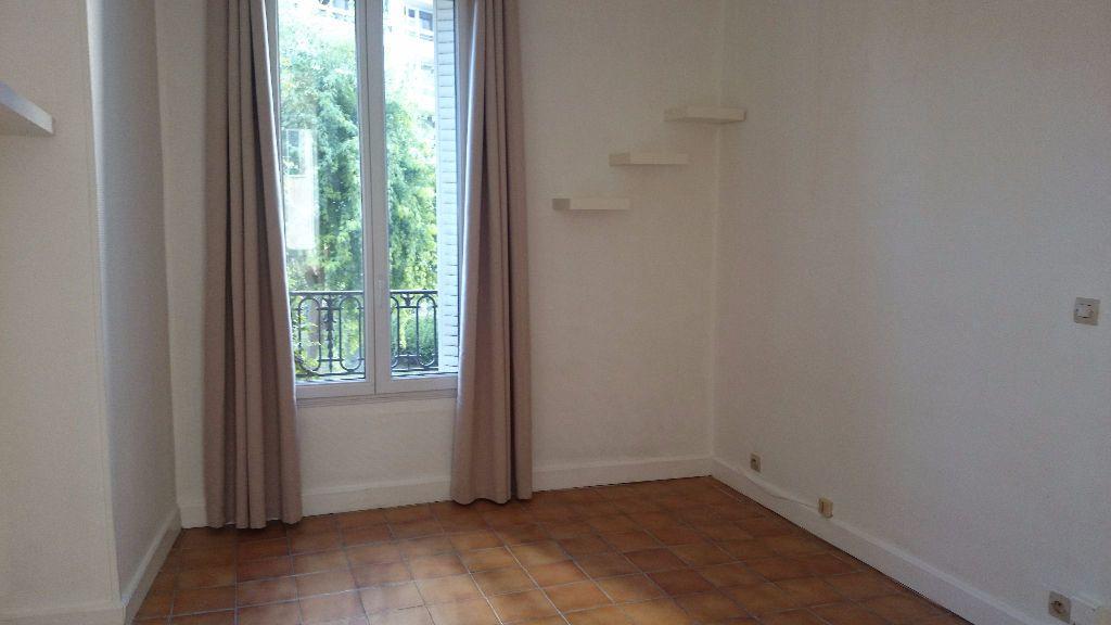 Appartement à louer 1 18.18m2 à Paris 14 vignette-1