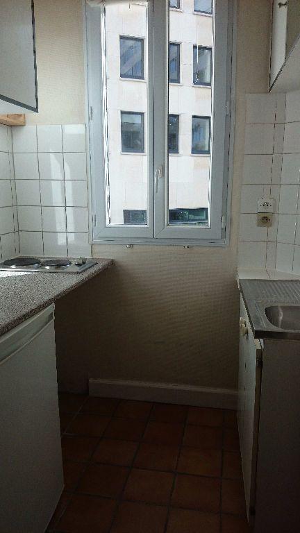 Appartement à louer 1 18.18m2 à Paris 14 vignette-3