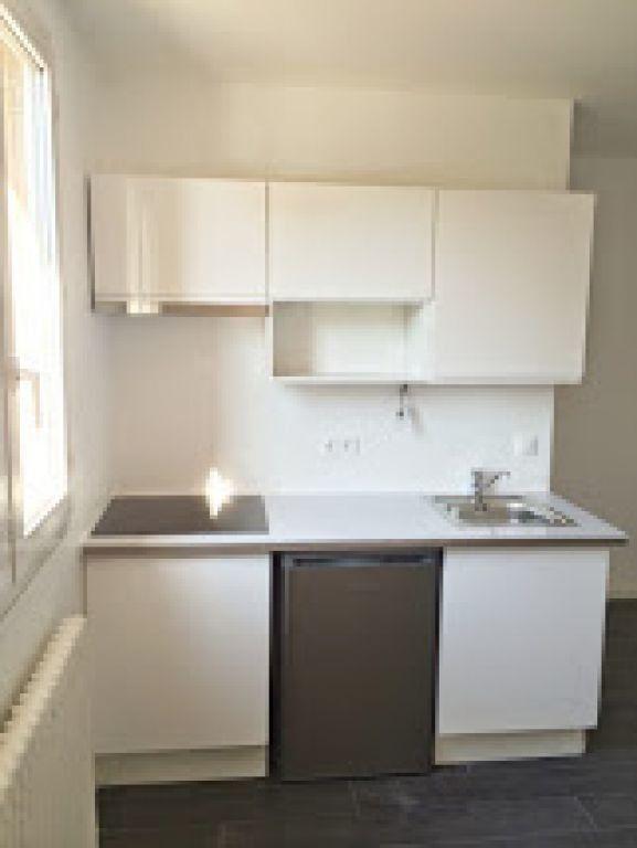 Appartement à louer 2 37m2 à Arcueil vignette-6