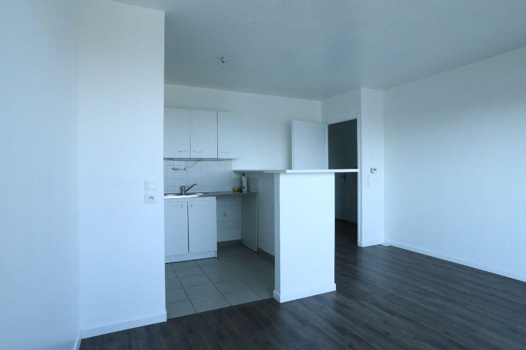 Appartement à louer 2 44.6m2 à Arcueil vignette-2