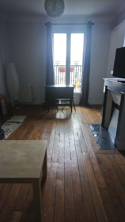 Appartement à louer 2 39m2 à Paris 13 vignette-1
