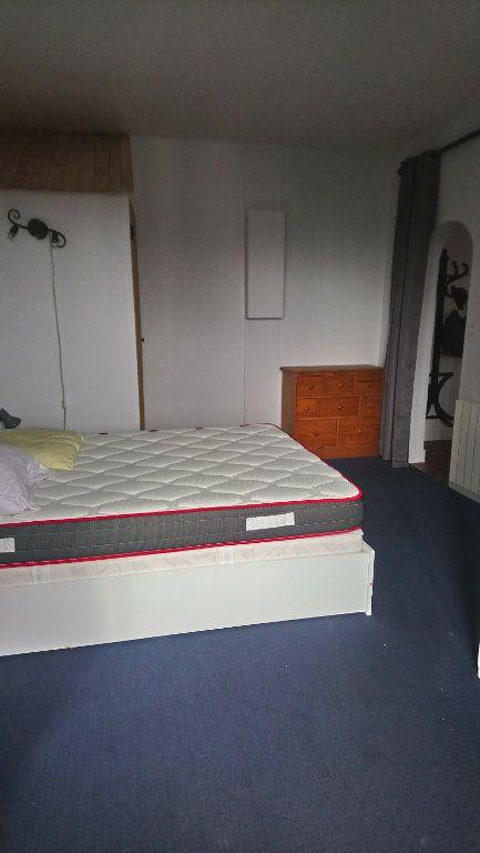 Appartement à louer 2 39m2 à Paris 13 vignette-3
