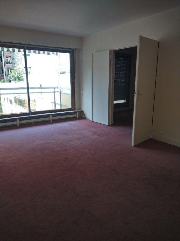 Appartement à louer 2 51m2 à Paris 14 vignette-2