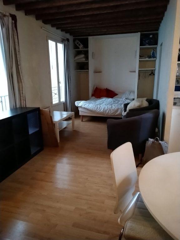 Appartement à louer 1 28m2 à Paris 12 vignette-1