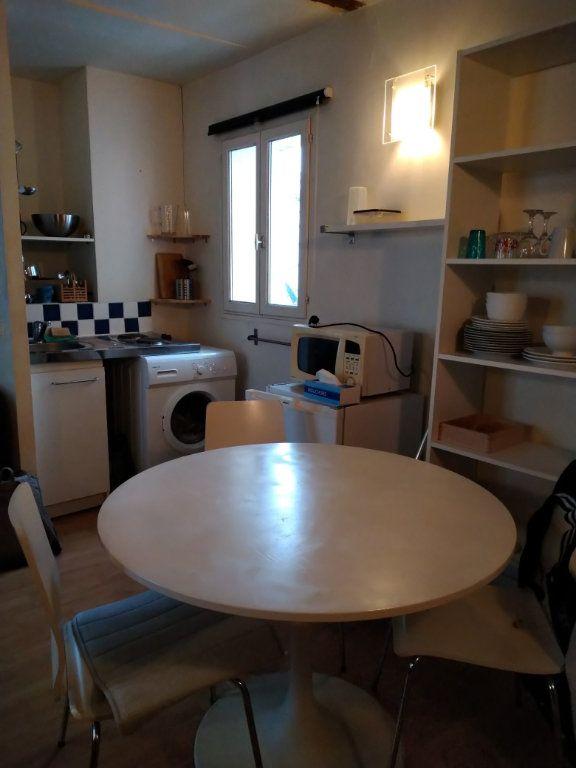 Appartement à louer 1 28m2 à Paris 12 vignette-2