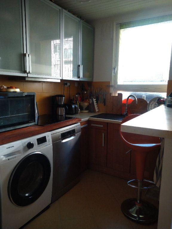 Appartement à louer 3 64m2 à Paris 13 vignette-4