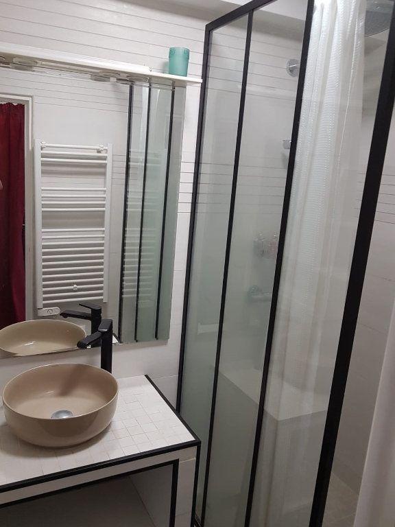Appartement à louer 3 64m2 à Paris 13 vignette-7
