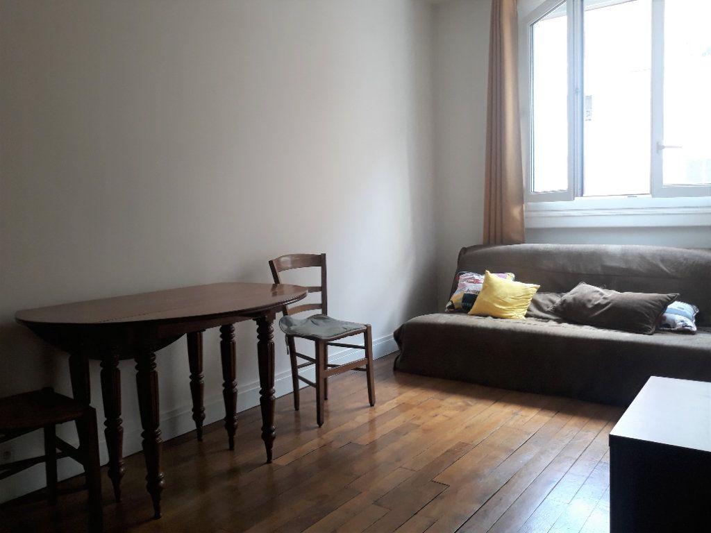 Appartement à vendre 2 37.3m2 à Paris 13 vignette-1