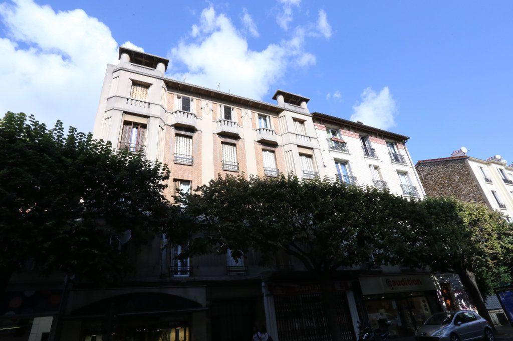 Appartement à louer 1 20m2 à Vitry-sur-Seine vignette-1