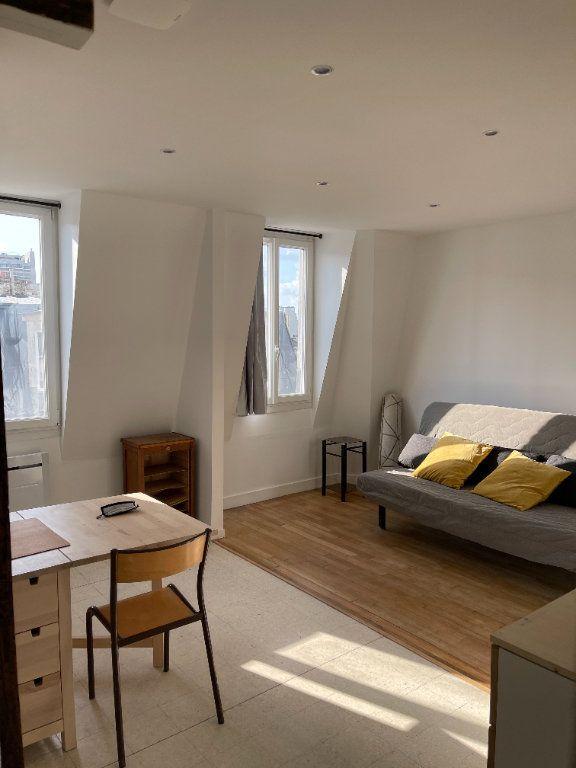 Appartement à louer 1 22m2 à Paris 11 vignette-1