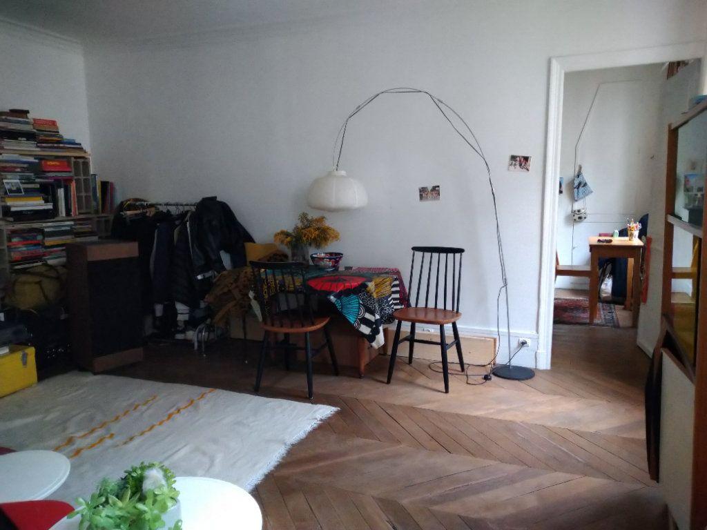 Appartement à louer 2 51m2 à Paris 10 vignette-2