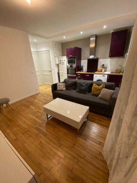 Appartement à vendre 2 30m2 à Arcueil vignette-2