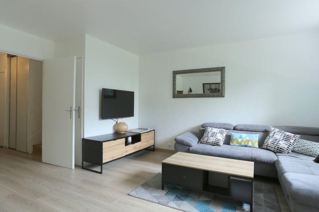 Appartement à louer 5 91m2 à Tours vignette-2