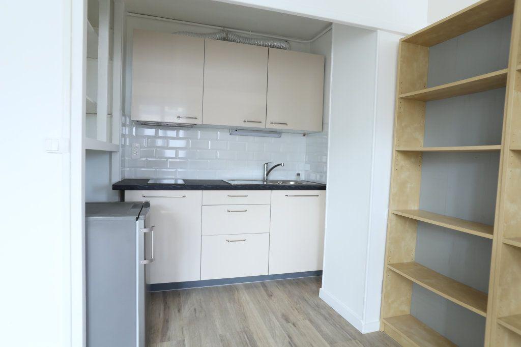 Appartement à louer 2 40m2 à Arcueil vignette-1