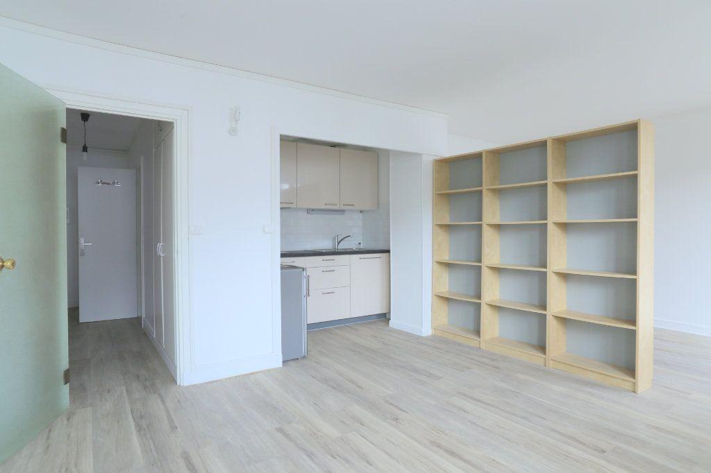 Appartement à louer 2 40m2 à Arcueil vignette-2