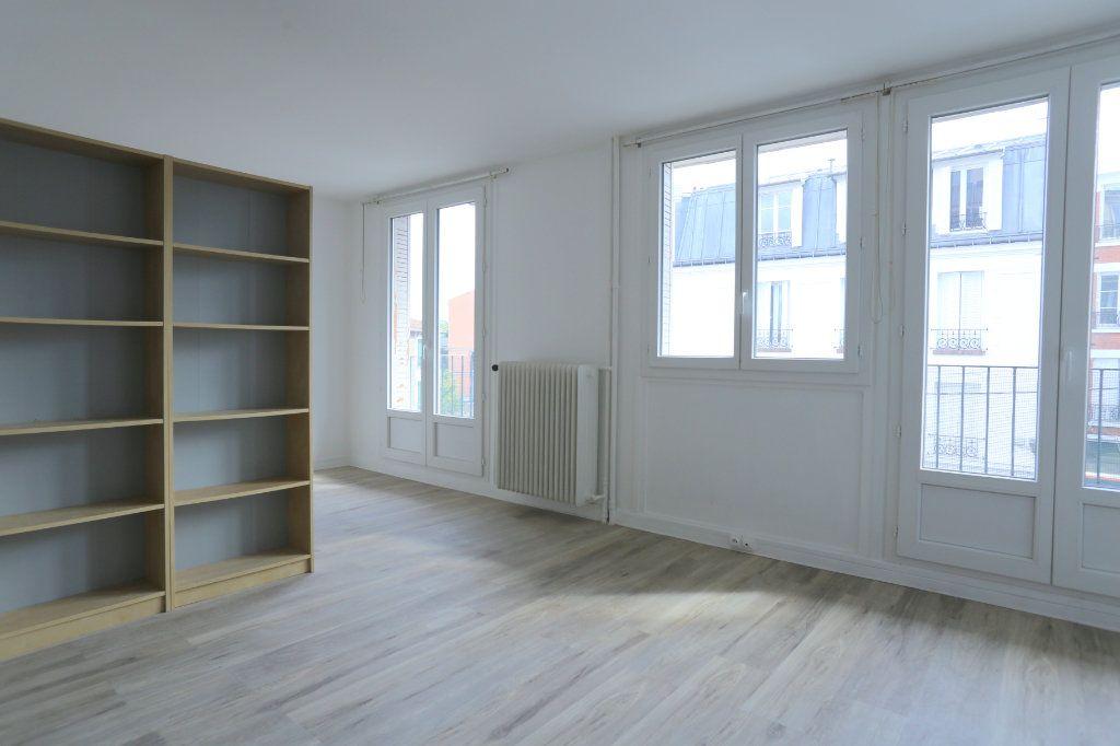 Appartement à louer 2 40m2 à Arcueil vignette-3