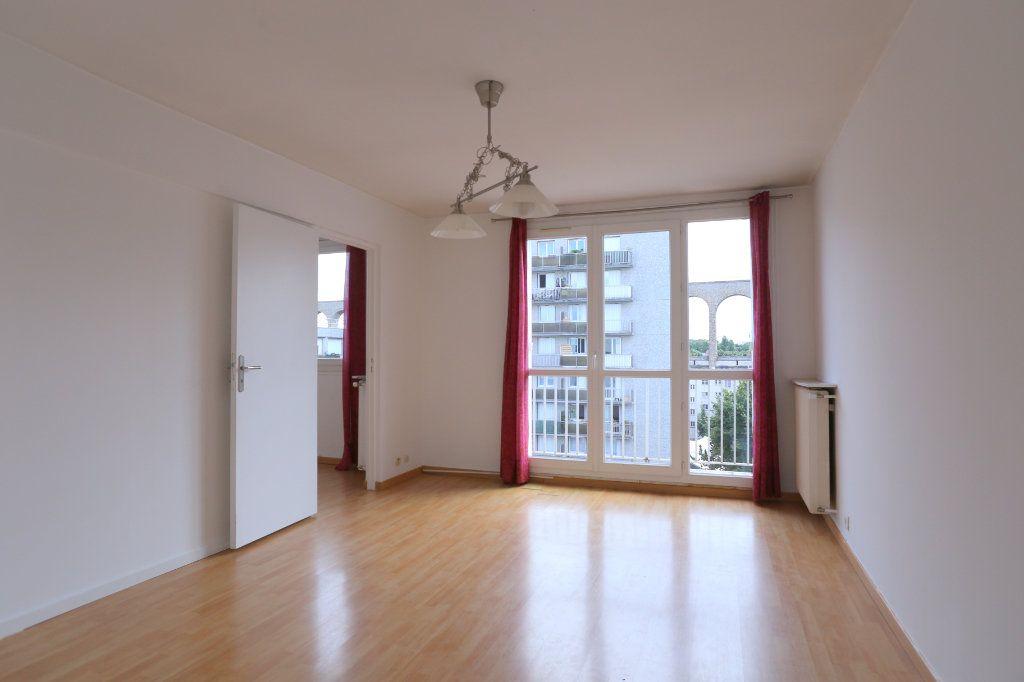 Appartement à louer 3 69m2 à Arcueil vignette-1