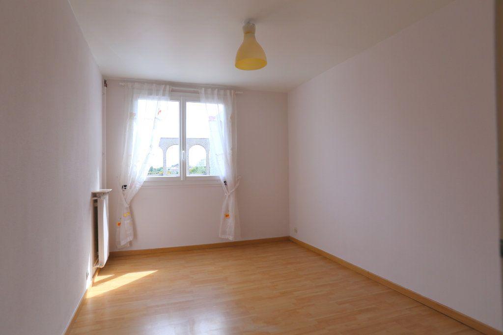 Appartement à louer 3 69m2 à Arcueil vignette-4