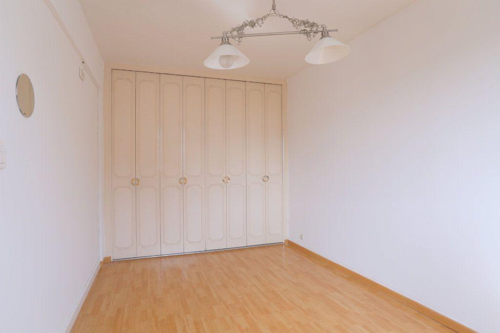 Appartement à louer 3 69m2 à Arcueil vignette-5