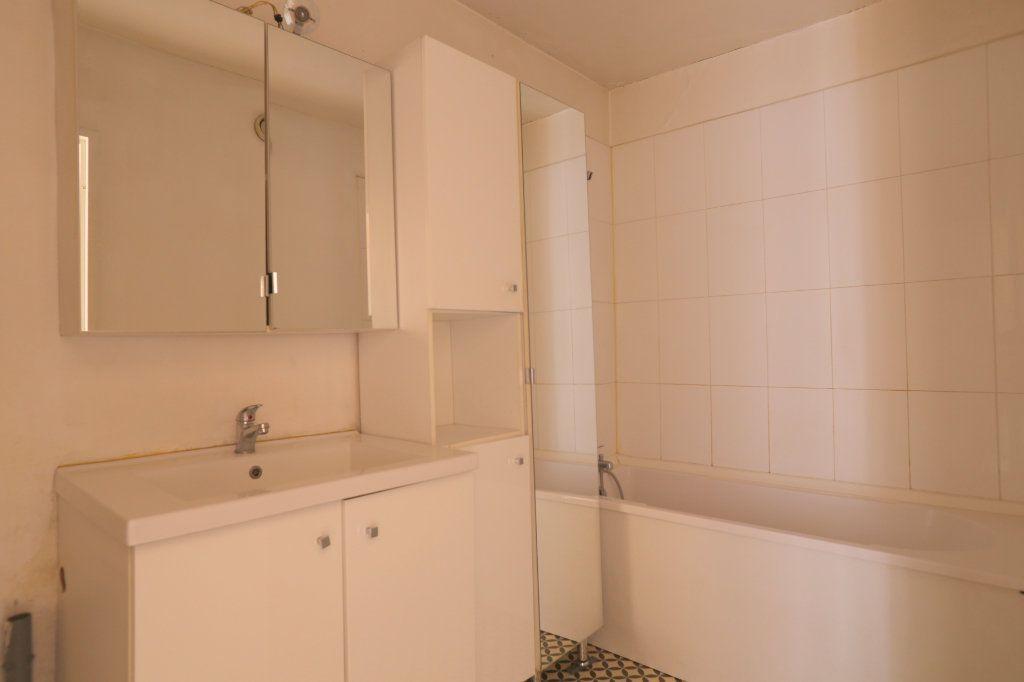 Appartement à louer 3 69m2 à Arcueil vignette-6