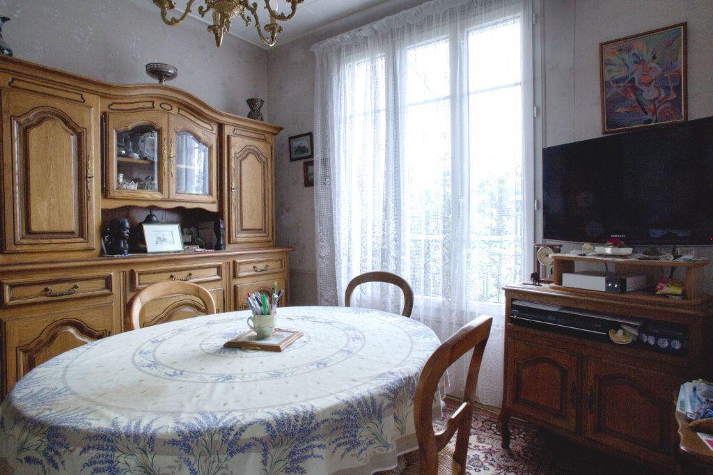 Maison à vendre 4 78m2 à Arcueil vignette-1