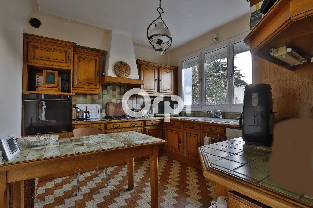 Maison à vendre 6 140m2 à Mantes-la-Jolie vignette-4