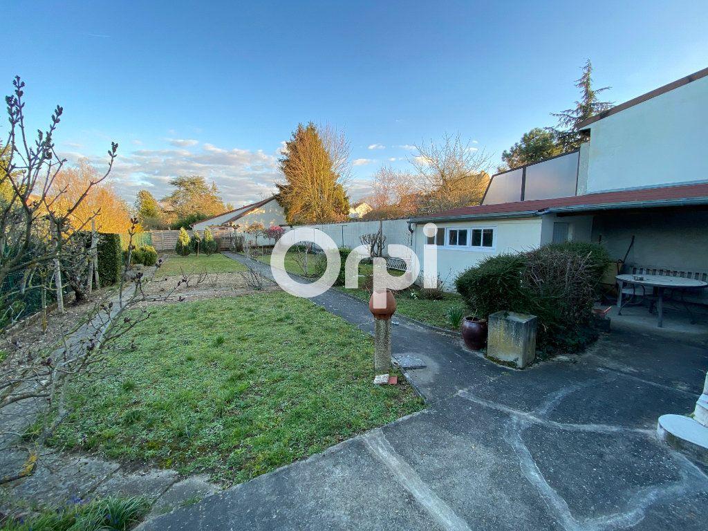 Maison à vendre 6 140m2 à Mantes-la-Jolie vignette-7