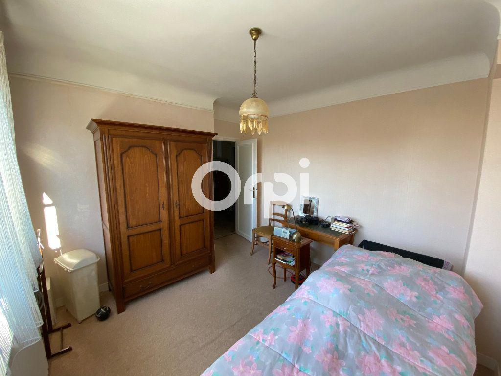 Maison à vendre 6 140m2 à Mantes-la-Jolie vignette-10