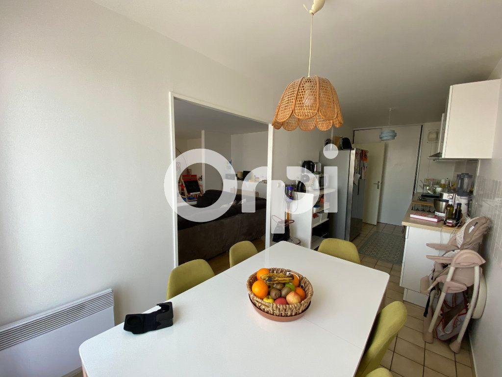Appartement à vendre 4 80.94m2 à Mantes-la-Jolie vignette-2