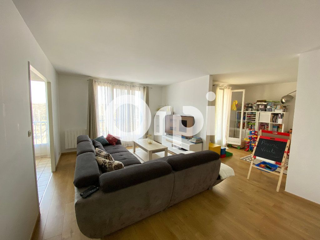 Appartement à vendre 4 80.94m2 à Mantes-la-Jolie vignette-3