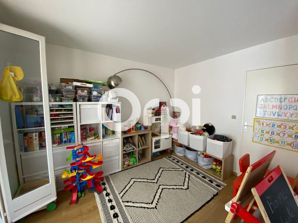Appartement à vendre 4 80.94m2 à Mantes-la-Jolie vignette-5