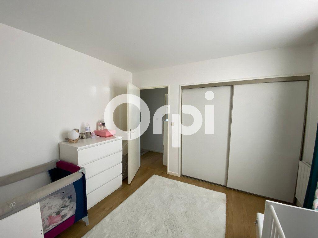 Appartement à vendre 4 80.94m2 à Mantes-la-Jolie vignette-8