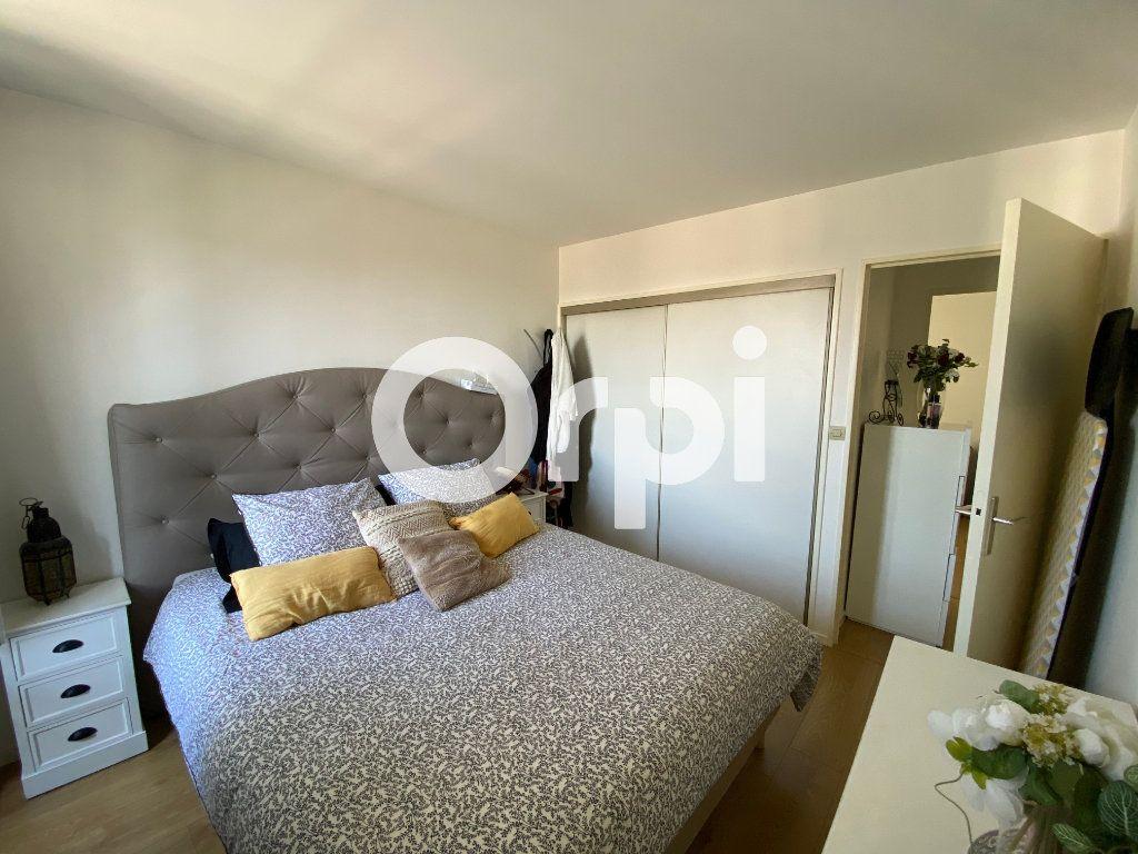 Appartement à vendre 4 80.94m2 à Mantes-la-Jolie vignette-10