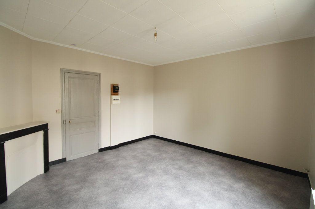 Appartement à vendre 1 28.57m2 à Mantes-la-Jolie vignette-1