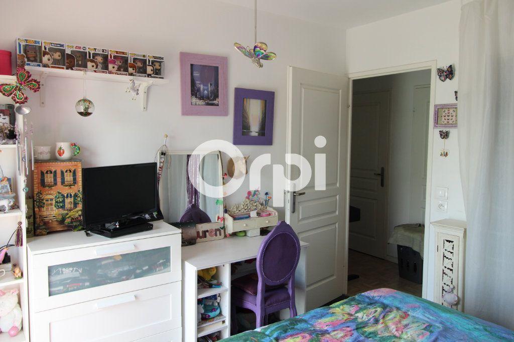Appartement à vendre 3 55.28m2 à Mantes-la-Jolie vignette-3