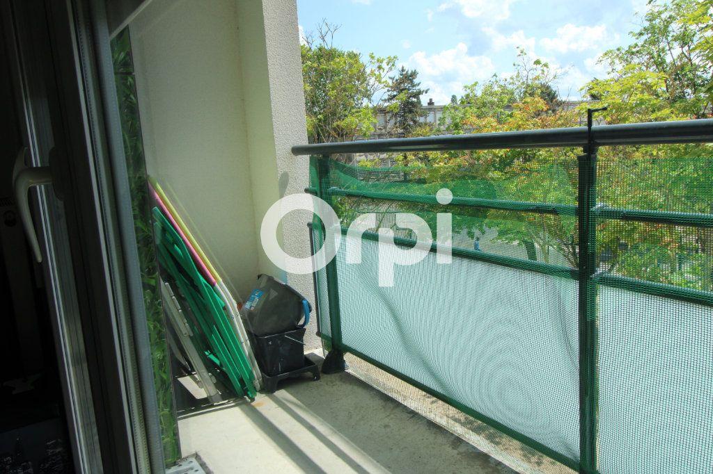 Appartement à vendre 3 55.28m2 à Mantes-la-Jolie vignette-4