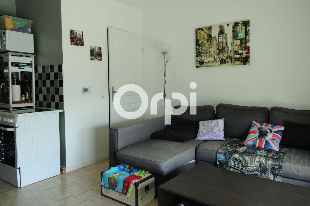 Appartement à vendre 3 55.28m2 à Mantes-la-Jolie vignette-5