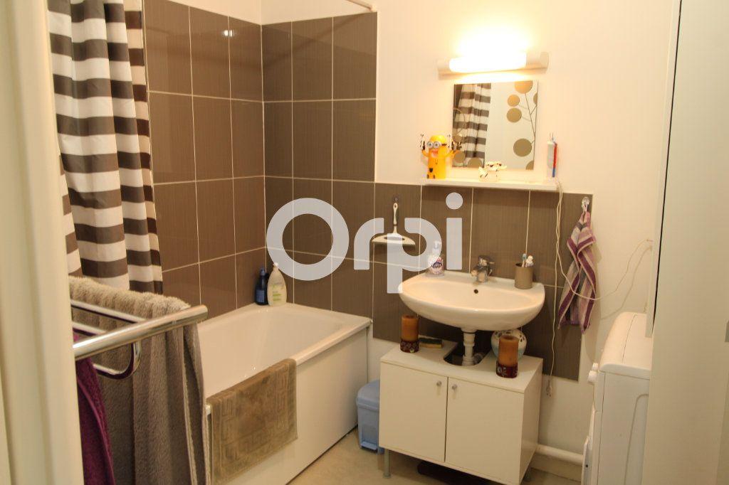Appartement à vendre 3 55.28m2 à Mantes-la-Jolie vignette-6