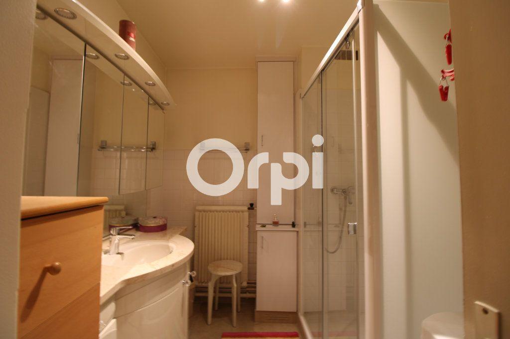 Appartement à vendre 3 62.26m2 à Mantes-la-Jolie vignette-3