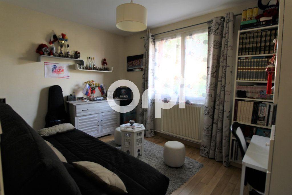 Appartement à vendre 3 62.26m2 à Mantes-la-Jolie vignette-5