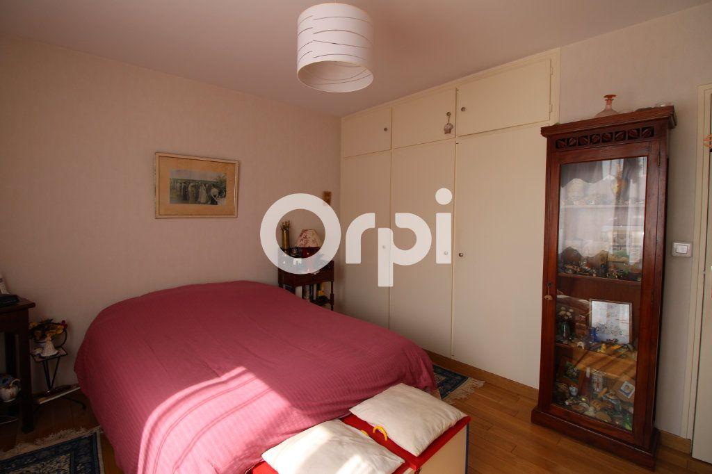 Appartement à vendre 3 62.26m2 à Mantes-la-Jolie vignette-6