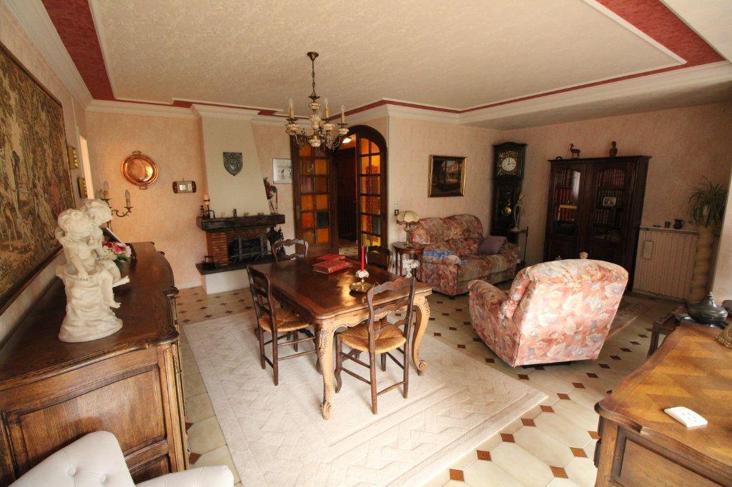 Appartement à vendre 5 89.07m2 à Mantes-la-Jolie vignette-1