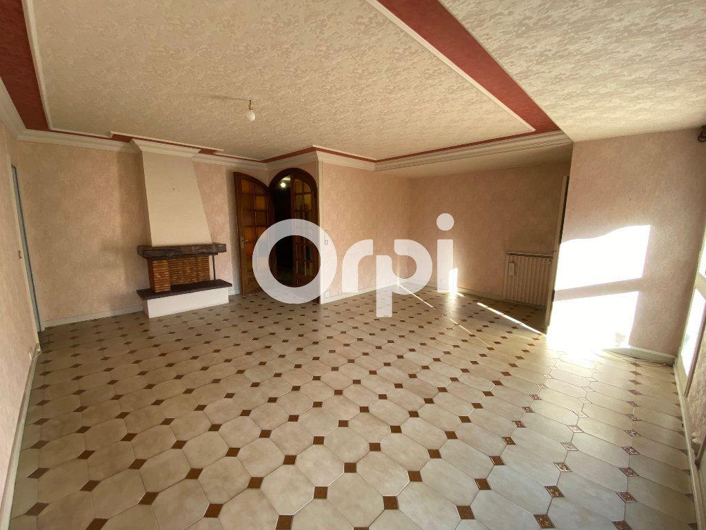 Appartement à vendre 5 89.07m2 à Mantes-la-Jolie vignette-4